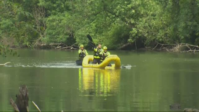 Family rescued from Tualatin River