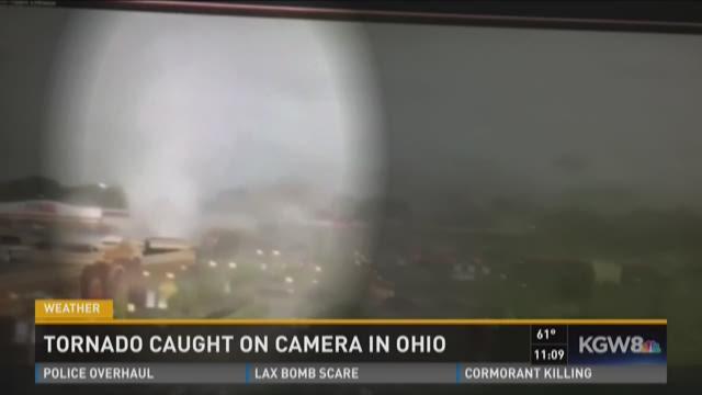 Caught on cam: Ohio twister